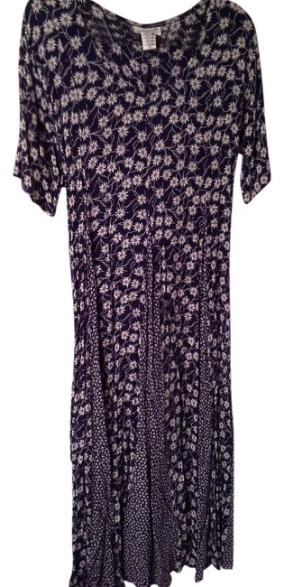 Item - Navy Blue and White Long Casual Maxi Dress Size 8 (M)