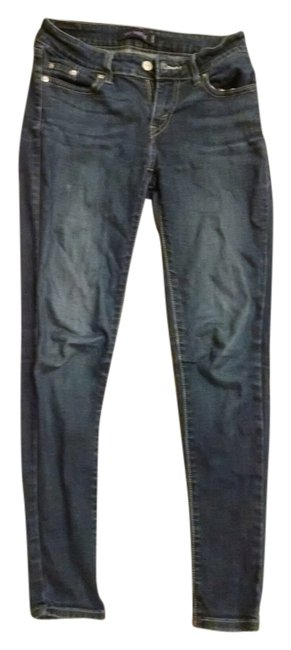 Preload https://item5.tradesy.com/images/levi-s-skinny-jeans-size-26-2-xs-1654669-0-0.jpg?width=400&height=650