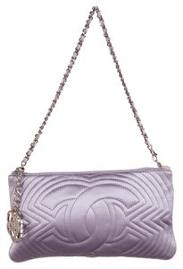 Chanel Silver Hardware Camellia Interlocking Cc Quilted Logo Shoulder Bag