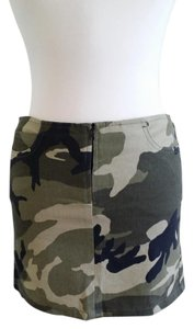 bebe Chic Mini Skirt Olive/Camouflage