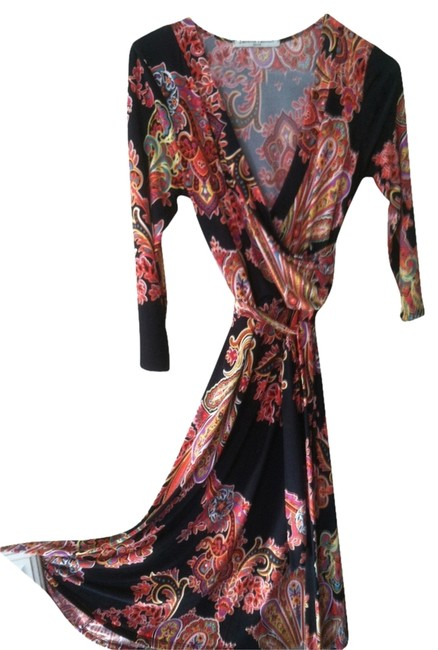 Preload https://item5.tradesy.com/images/unknown-dress-black-with-red-paisley-1655349-0-0.jpg?width=400&height=650