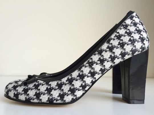 Anne Klein Maborealm Houndstooth & White Gingham Checkered Black Pumps