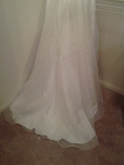 Soft White Floral Print Not Sure T3268 Softwhtprnt Feminine Wedding Dress Size Petite 12 (L)