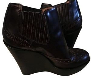 Burberry Brown/burnt red Wedges