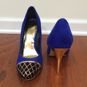 ShoeDazzle Blue Pumps