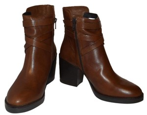 Manas Crisscross Strap Zipper Chunky Brown Boots