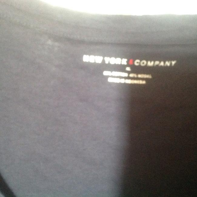 New York & Company & O Deep V Neck Lik Omfy T Shirt Navy blue