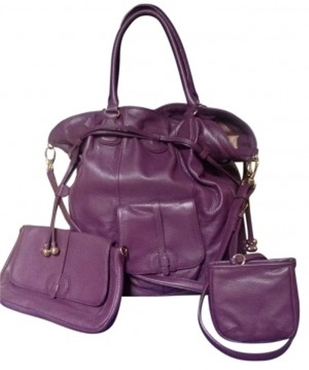 Preload https://img-static.tradesy.com/item/165590/isaac-mizrahi-3-piece-extra-large-plum-leather-tote-0-0-540-540.jpg