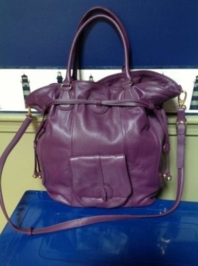 Isaac Mizrahi Huge All You Need All Day At Work Day Into Evening(Small Bag) Lunch And Extra Shoes And Jewelry Of Course Tote in Plum