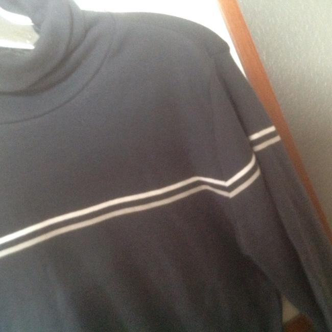 The Limited Turtle Neck 3/4 Sleeve Light Weight Like New Sweater