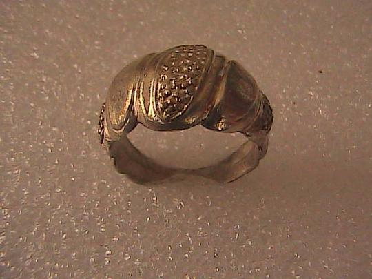 Vintage Sterling Silver Ridged Textured Oval Dome Ring