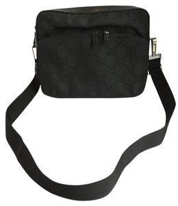 Gucci Black Signature Signature Shoulder Bag