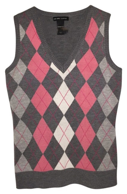 New York & Company Sleeveless Layer Pink Argyle Preppy Career Lightweight Sweater