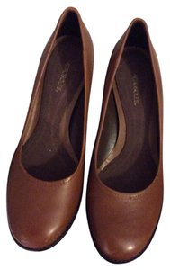 Aerosoles Brown Genuine Leather Stack Heels Sable Brown Pumps