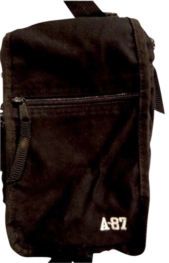 Preload https://img-static.tradesy.com/item/165663/aeropostale-small-organizer-black-cotton-cross-body-bag-0-0-540-540.jpg