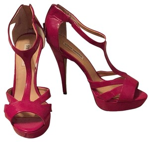 Steve Madden Dark Pink Sandals