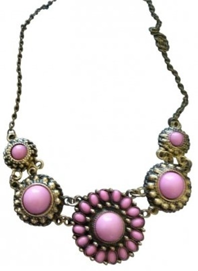 Preload https://item3.tradesy.com/images/pink-collar-statement-necklace-165682-0-0.jpg?width=440&height=440