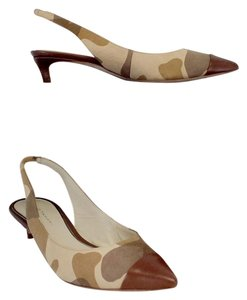 Elie Tahari Beige Camouflage Print Leather Kitten Heels Sandals