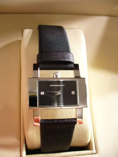 Burberry AUTHENTIC LADIES BURBERRY BLACK WATCH DIAMONDS