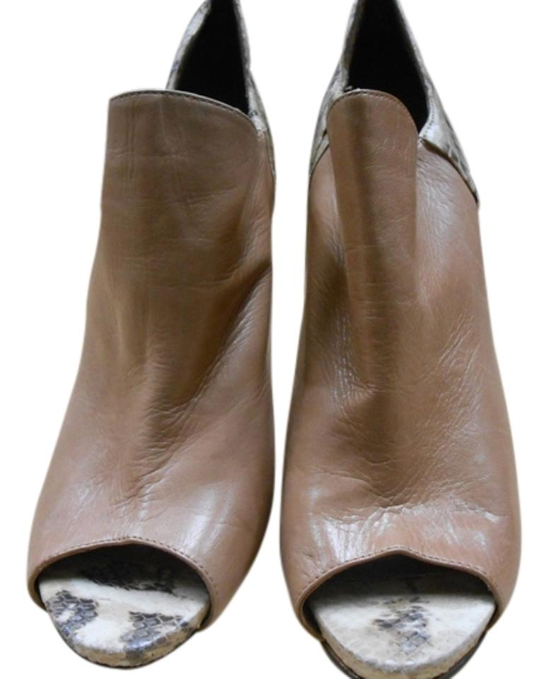 Vince Camuto Camel with Reptile Boots/Booties Print Soft Leather Boots/Booties Reptile 9d7d7c