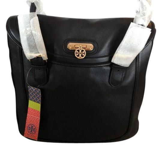 Preload https://item3.tradesy.com/images/tory-burch-daria-north-south-black-leather-tote-1656902-0-0.jpg?width=440&height=440