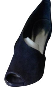 Alfani Navy Pumps