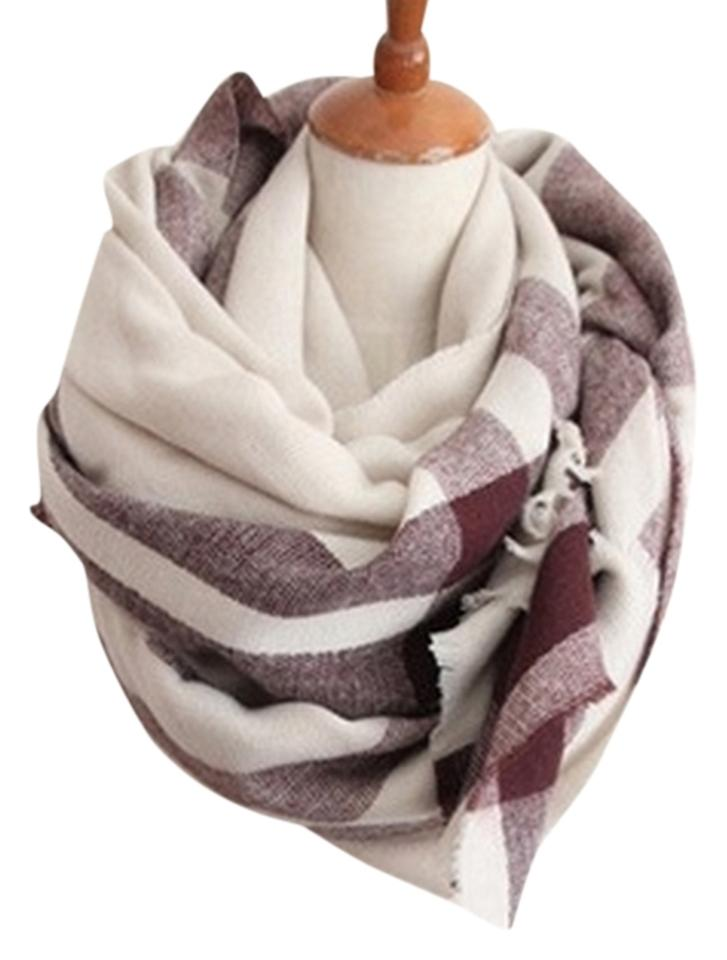 f8e868d77 Boutique NWOT Oversized Plaid Blanket Scarf in Beige & Maroon Red Image 0  ...