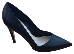 Saks Fifth Avenue Pointy Toe 4 Inch Black Pumps
