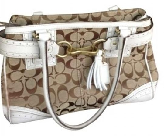 Preload https://item4.tradesy.com/images/coach-tan-and-white-leather-nylon-shoulder-bag-165738-0-0.jpg?width=440&height=440