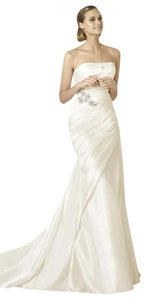 Pronovias Daina Wedding Dress