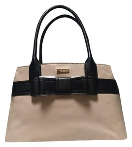 Kate Spade Satchel in Doe/Beige/Black