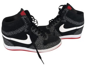 Nike Black and Red Athletic