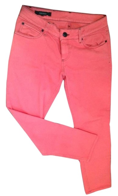 Item - Red Light Wash Capri/Cropped Jeans Size 26 (2, XS)