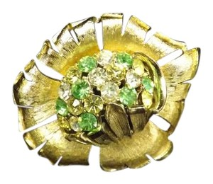 Vintage Signed Coro Brooch,Clear Rhinestones too, Tons of Sparkle!