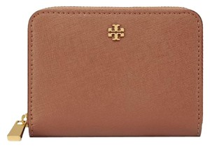 Tory Burch NWT TORY BURCH ROBINSON ZIP COIN CASE WALLET LUGGAGE TAN BROWN