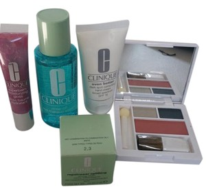 Clinique Clinique 5 pieces gift.