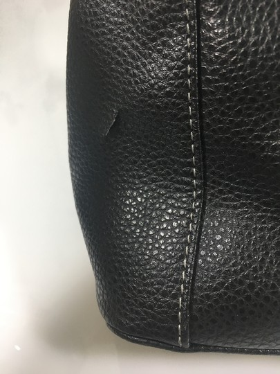 Tod's Leather Tote in Black