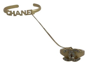 Chanel Chanel Matte Gold-tone Interlocking CC Cuff Ring set