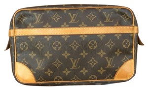 Louis Vuitton Compienge 28 CLUTCH