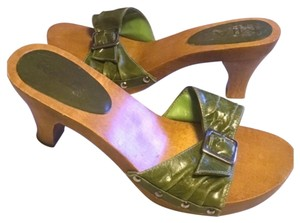 MIA Chunky Wooden Kitten Patent Leather Green Sandals