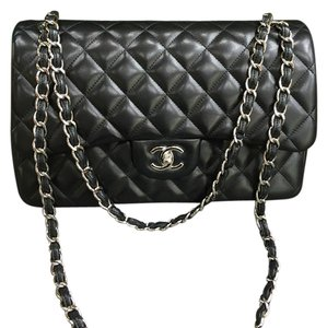 aa54032b37e7 Chanel Flap Bags - Up to 70% off at Tradesy