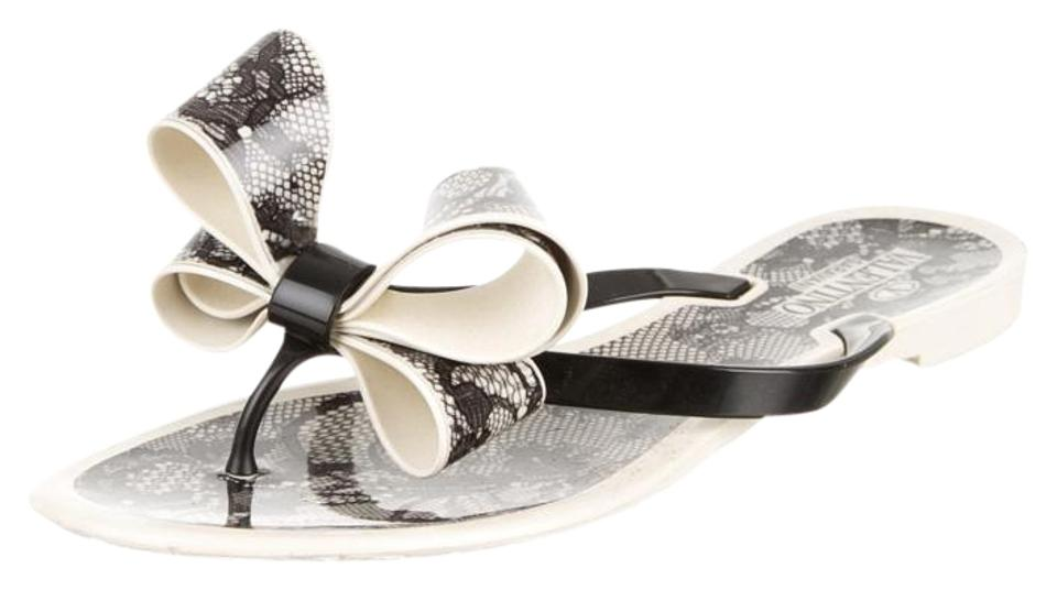 8c4d79d6f9e1fd Valentino Black Beige Print Jelly Bow Slide 36 Sandals. Size  US 6 ...