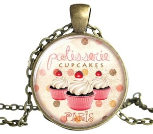 Cupcake Paris Necklace. Cupcake Paris necklace.