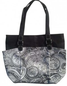 Unknown Tote in BLACK WHITE & GRAY PAISLEY