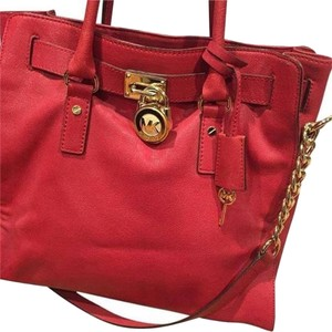 MICHAEL Michael Kors Tote in Red