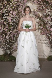 Oscar De La Renta Bridal Wedding Dress