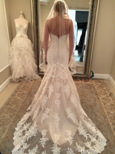 Allure Bridals Champagne & White Lace and English Net Style: 9250 Formal Wedding Dress Size 6 (S) Image 4