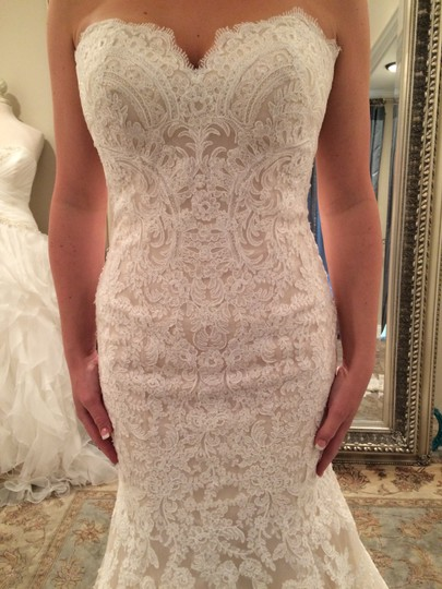 Allure Bridals Champagne & White Lace and English Net Style: 9250 Formal Wedding Dress Size 6 (S) Image 5