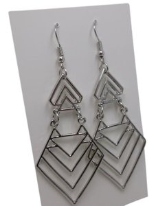 Silvertone Chevron Earrings w Free shipping