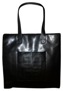Givenchy Shopper Tote in Black